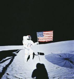 Quasi un selfie sulla Luna