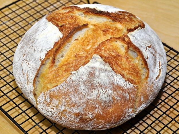 Francis Ponge, Il pane, Le pain
